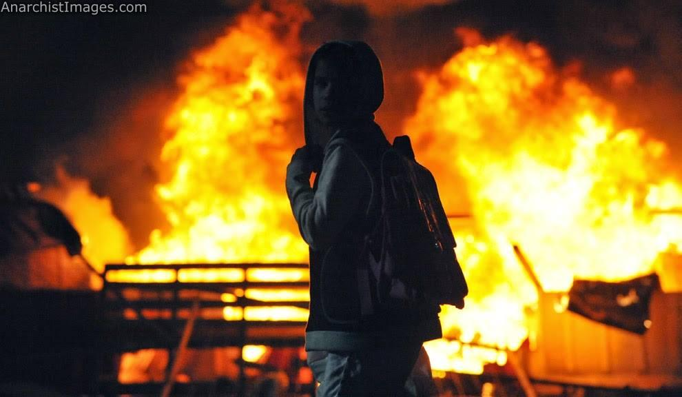 Remember, Remember the 6th of December - Video archive of the December Revolt 2008 and all the fierce riots that took place on that day since